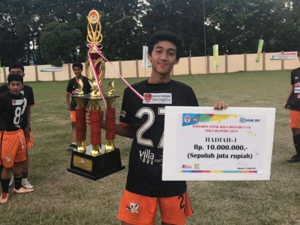 Fayi Kurnia Siswa SMA Sumbangsih Juara piala Menpora U-16